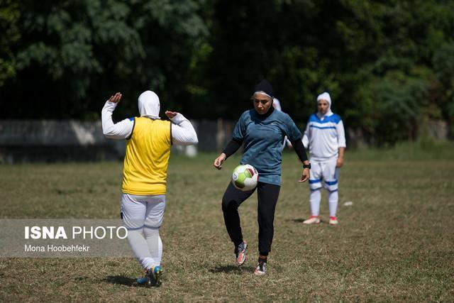 ایراندوست: از فکر مربیگری تیمی جز ملوان استرس می گیرم، کاش ورود به ورزشگاه گزینشی نباشد